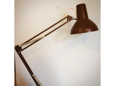 Luxo arkitektlampe Brun